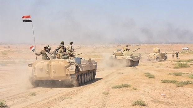 Irak ordusu IŞİD'in elindeki son kasabaya harekat başlattı