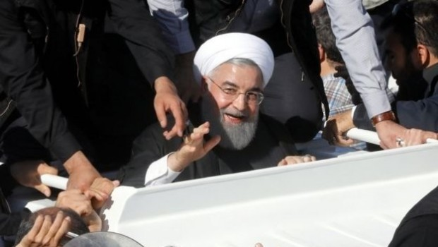 İran Cumhurbaşkanı Ruhani'den deprem itirafı