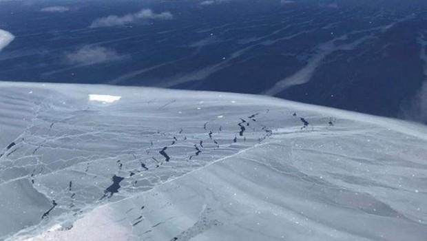 NASA'dan trilyon tonluk buzdağı uyarısı