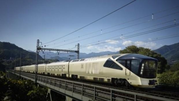 Tren 20 saniye erken kalktı, Japon yetkililer özür diledi