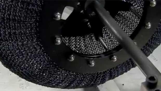 NASA süper elastik lastik üretti