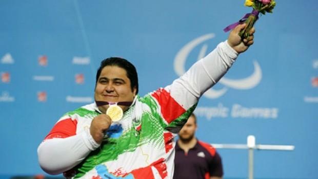 Kürt halterci 3'üncü kez dünya şampiyonu oldu