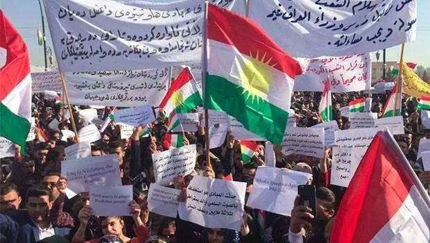 Kürdistan halkı Abadi'yi protesto etti