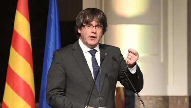 Puigdemont'tan İspanya'ya: Ülkeme dönmeme izin verin