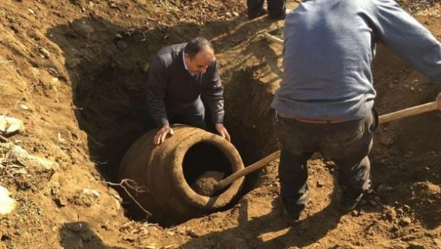 Malatya'da 2 bin yıllık pithos bulundu