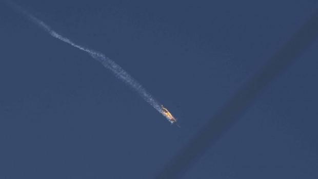 Suriye ordusuna ait savaş uçağı düşürüldü