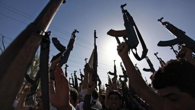 Abadi, Haşdi Şabi'ye karşı sessiz... Irak'ta suç patlaması!