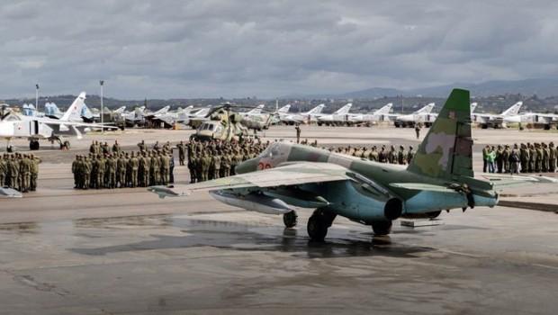 Rusya'dan Hmeymim üssüne saldırı açıklaması
