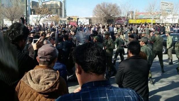 Doğu Kürdistanlı partiler gösterileri değerlendirecek