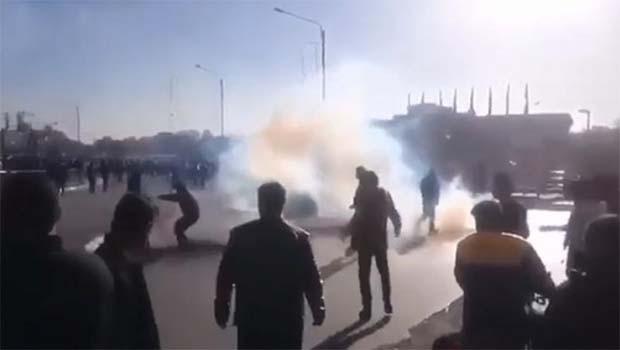 İran'da çok sayıda aydından ortak bildiri: Eylemcileri serbest bırakın