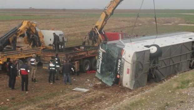 Silopi'de otobüs devrildi: 9 ölü, 28 yaralı