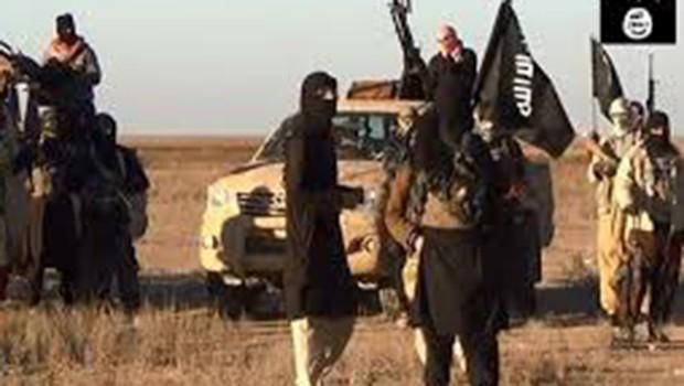 IŞİD Havice'de aynı aileden 3 kişiyi öldürdü