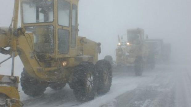 Muş'ta 110 köy yolu ulaşıma kapandı
