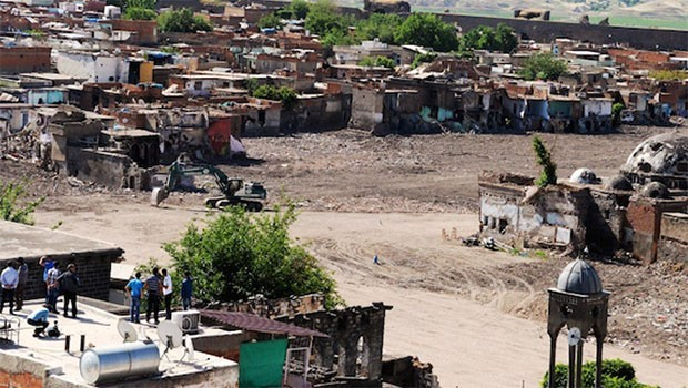 Danıştay Sur'un yıkımına itirazı reddetti