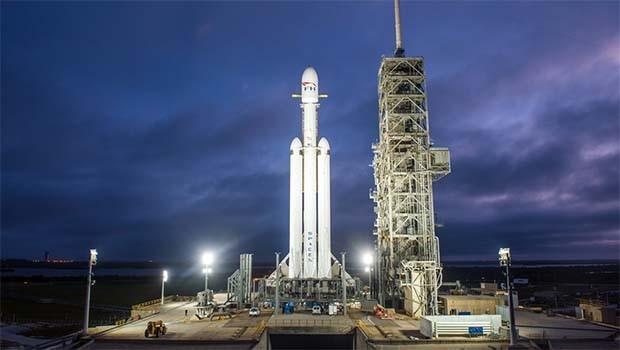 Falcon Heavy, rotayı tutturamadı