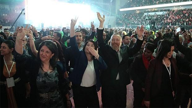 HDP kongresi sürüyor.. PM listesi açıklandı.. Demirtaş ilk sırada