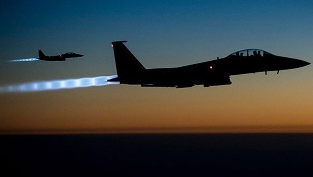 SOHR: Türk jetleri Suriye ordusuna bağlı birlikleri yine vurdu