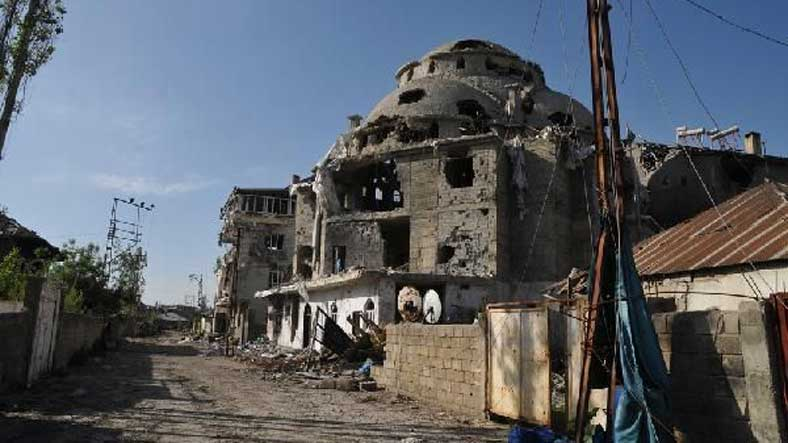 78 gün sonra 'yıkılmış' Yüksekova