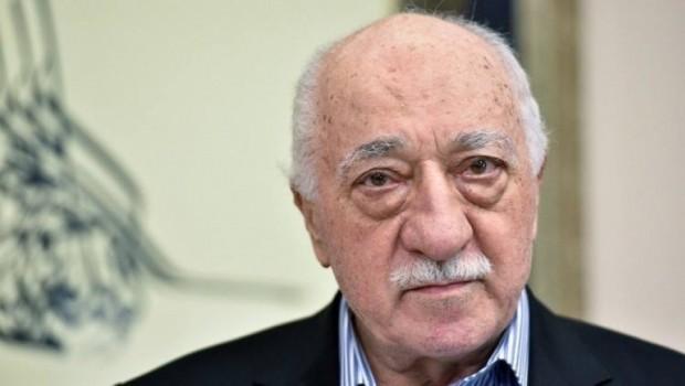 Em Fethuleh Gulen radestî Tirkiyê nakin