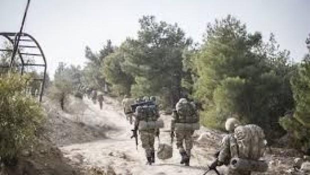 ASAyê got, 'Em ji girê Qestelê vekişiyan' YPGê got, 'Reviyan'