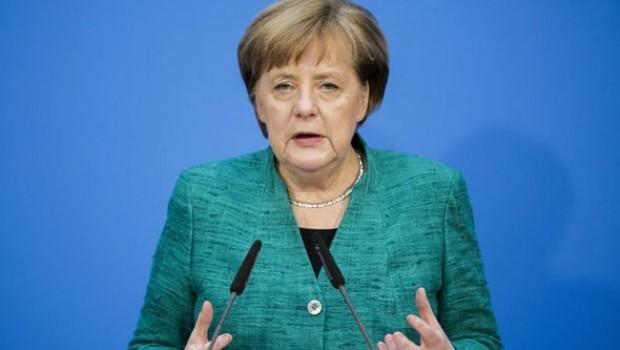 Merkel li ser Efrînê hişyarî da Tirkiyê