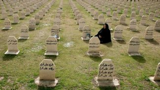 Pêçandina birînên Helebçe ji yekrêziya miletê Kurd derbaz dibe.