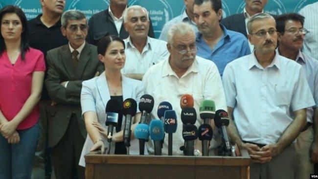 Partiyên Rojavayê Kurdistanê: Gefên Tirkiyê DAIŞê bihêztir dike