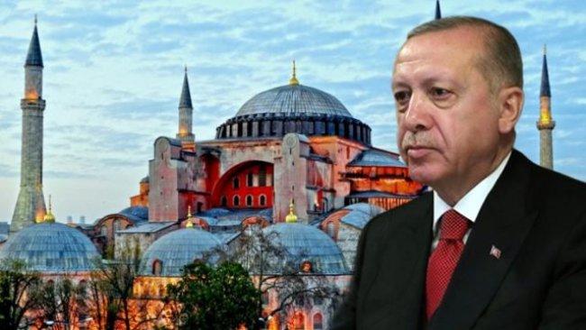 Erdogan roja vekirina Ayasofyayê li ber îbadetê aşkere kir