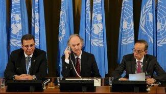 Piştî 3 roj paşxistinê şandên Sûrî li Cenêvê civînên xwe destpê dikin
