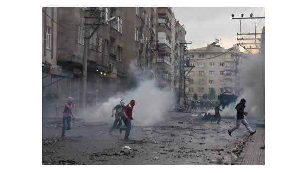 Diyarbakırda olaylar çıktı