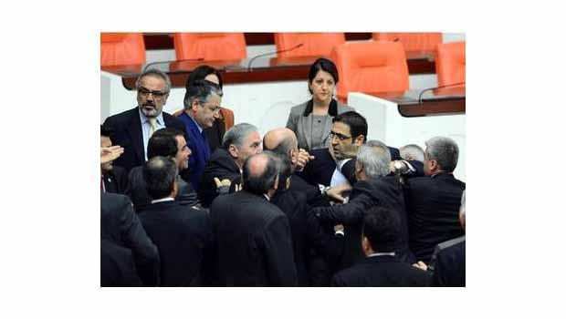 TBMM`de 'Kürdistan' tahammülsüzlüğü...!