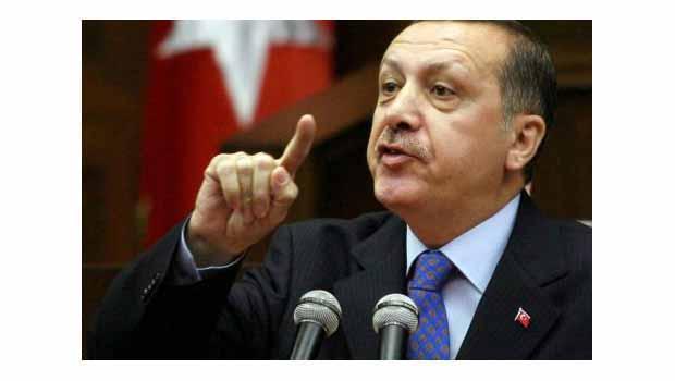 Guardian: Erdoğan nutuk atıyor, dinlemiyor