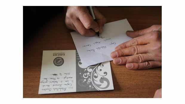 KURDÎ-DER'nden tutsaklara yeni yıl kartı
