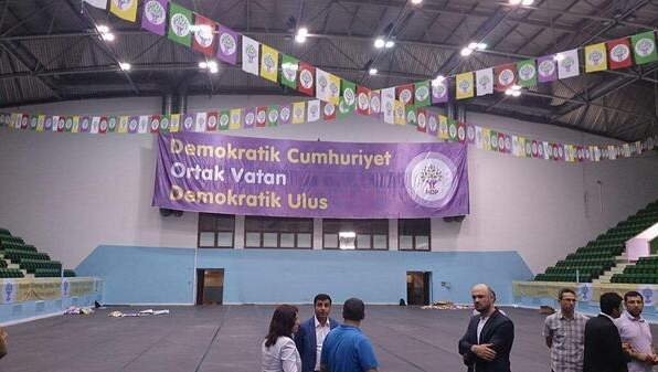 Kazanılan mevzileri terk ederek HDP'ye Katılmanın Amacı ne?