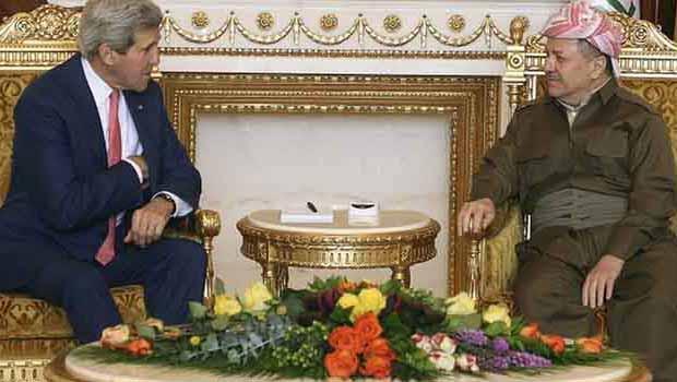 John Kerry Hewler'de