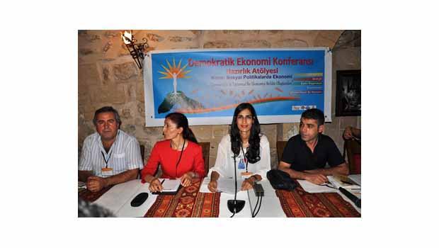 Demokratik Ekonomi Konferansı'nın Hazırlık Atölyesi Mardin'de Yapılıyor