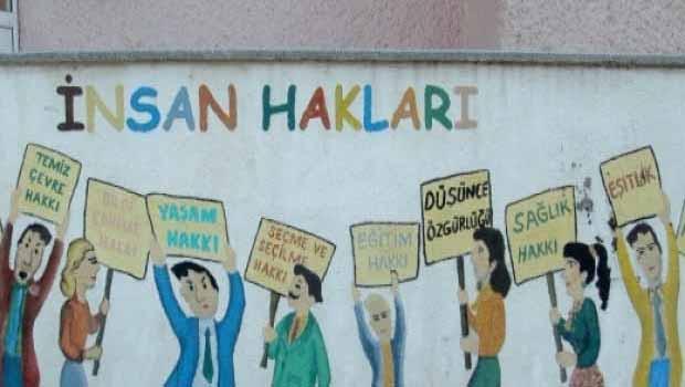 Hrw: Türkiye'de İnsan Hakları ve Hukukun Üstünlüğü Erozyona Uğradı