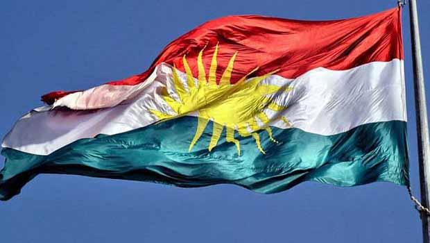 Urmiye'de bir kişi Kürdistan bayraklı pasta nedeniyle tutuklandı