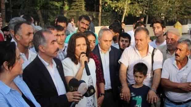 Kürdçe okul için resmi başvuru
