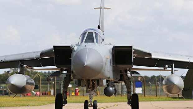 İngiliz Uçakları Kıbrıs'tan havalandı