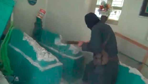 IŞİD Şii türbelerini yıkmaya devam ediyor