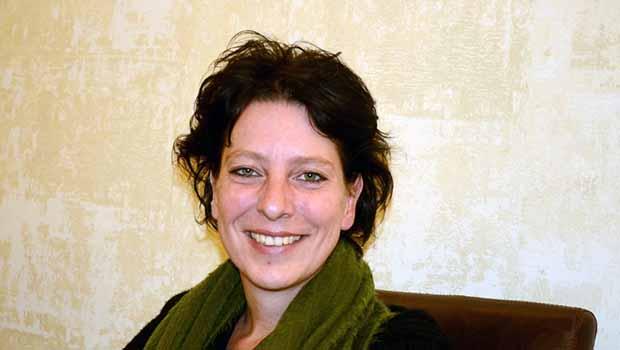 Hollandalı gazeteci Frederike Geerdink Diyarbakır'da gözaltına alındı