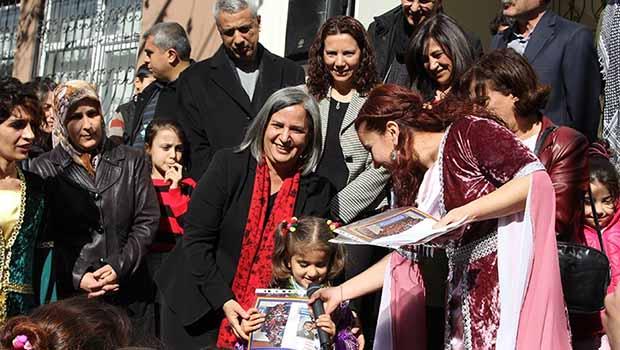 Ferzad Kemanger Kürtçe okulunda ilk karne heyacanı