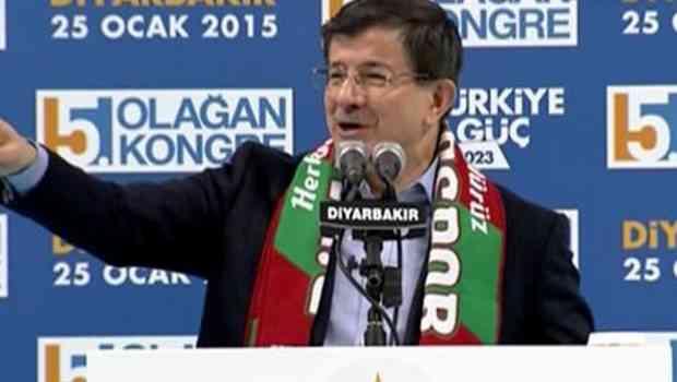 Davutoğlu: Kobani'ye selam ediyorum