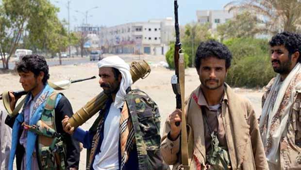 Husiler Müzakere Şartını Açıkladı: Hava Saldırıları Dursun