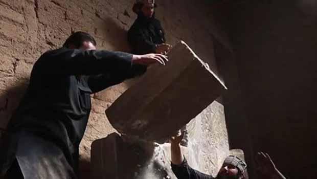 IŞİD'in tarih katliamı devam ediyor