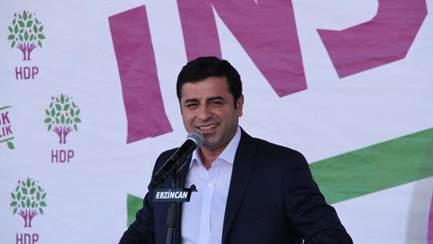 Demirtaş: Erdoğan'ın gösterdiği Kürtçe meal, Diyanet'e ait değil