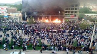 İran İstihbaratı: Mahabad olaylarını 'dışardan gelen teröristler' kışkırttı