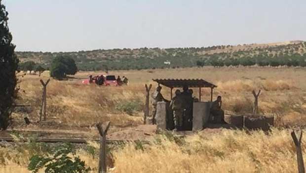 IŞİD, Cerablus'a Mayın Döşeyip Hendek Kazdı, Türk Askeri İzledi
