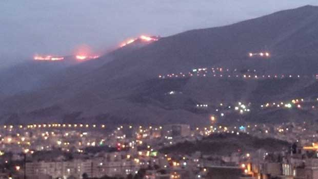 Sine'deki orman yangını köyleri tehdit ediyor